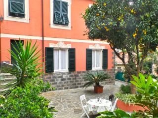 Mara, garden next to the center, Santa Margherita Ligure