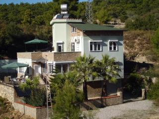 Villa Helga mit beheiztem Pool, Avsallar