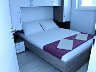 Apartment for five, A8, Novalja