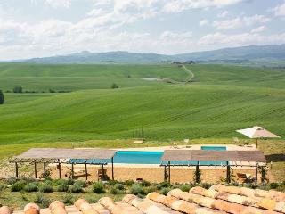 Villa with Wonderful Views on Pure Nature, Castiglione D'Orcia