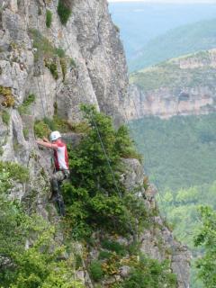 Opportunities for rock-climbing in St Antonin
