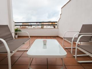 Budget studio with terrace, Malaga