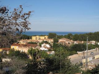 Casa Rosella, modern house, sea views, air con, wi-fi, SKY sports, Sleeps 8