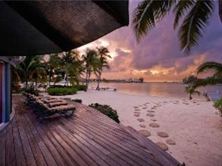2BR-Sea Cove, Grand Cayman