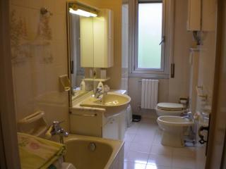 Appartamento 50 mq. FULL ARREDO a 8 Km dal centro, Génova