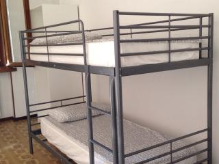 Room for 2 bunk bed, Milan