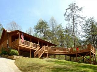 Beautiful and Secluded Family Getaway Cabin, Pigeon Forge