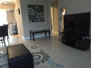 Beach and Park 5 min away,fully furnish,WiFi,Cable, Miami Beach