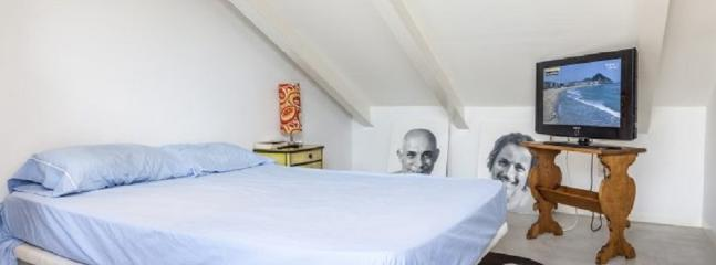 Habitación en ático-dúplex milla de Oro de Madrid