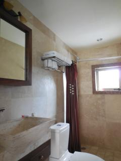 2nd suite bathroom