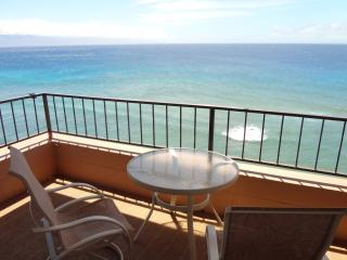 Large CORNER CONDO Oceanfront HIGH FLOOR Renovated at MAUI KAI maui801com