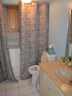1/2 Bath downstairs w/ laundry