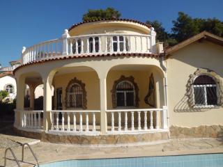 Villa Bateman, Avsallar