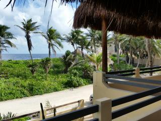 New!! ocean front 2 bedroom house Casa Tankah, Tulum
