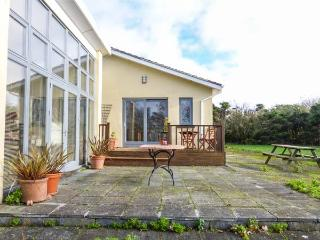 ERICA, detached, all ground floor, large garden, Rosslare Harbour, Ref 931276