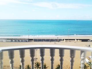 CLA904 Lindo flat com vista mar, Fortaleza