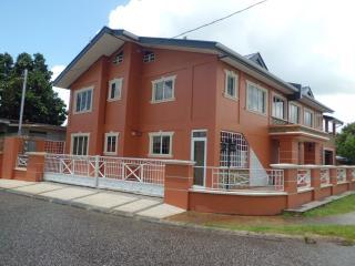 La Maison Nichrise, Tunapuna