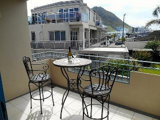 Sea Breeze - Mt Maunganui Holiday Apartment, Tauranga