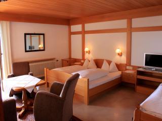 Guest Room in Meersburg -  (# 8979), Meersburg (Bodensee)