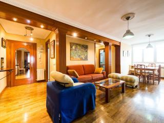 Impecable apartamento con Jacuzzi hasta 8 personas con a/a