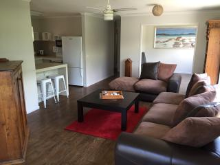 4Shore Beachside Holiday House-FREE WiFi, Rosebud