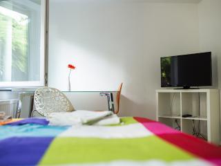 Zimmer 5: 1- 2 Personenzimmer in Degerloch nahe Stadtbahn