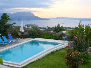 Bay View Villa with private pool and amazing views, Almyrida