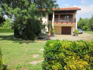 Villa indépendante avec tennis et piscine privèe, Nailloux