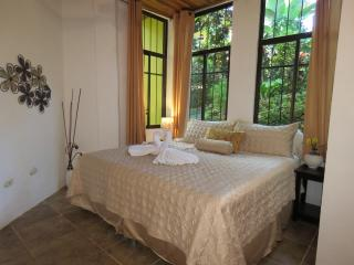 Jungle Creek, Dos Palmas1King1Queen Bedrooms, A/C, Parc national Manuel Antonio