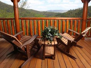 Rustic, Upscale, Luxury, Panoramic View, Hot Tub, Sauna, Game Room, Sleeps 10