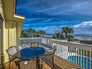 93 Dune Lane - Oceanfront/Beach Chic-Available 7/30 & 8/6 wks, Hilton Head