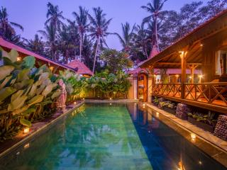 Lestaru Villa Ubud 3BR - Rice Fields, Lodtunduh