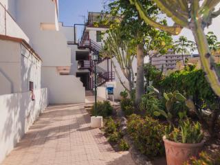 2 bedrooms apartment in Las Americas, LA/72, Adeje