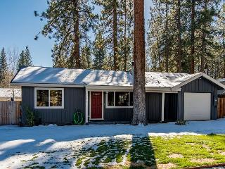Remodeled 2BR Cottage - Centrally Located in South Lake Tahoe!