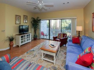 New Owner, Updated for 2016! Pet Friendly, Free Bikes, Tennis & Pool, Hilton Head