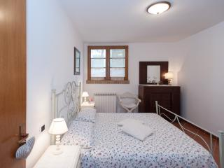 MULINO A VENTO Appartment with private terrace, Montespertoli