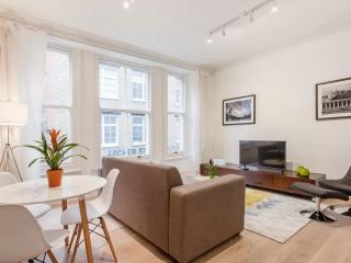 Beautiful Large Designer Apartment-Soho Piccadilly, Londres