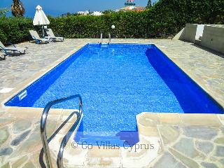 3BR-3BA Seafront Villa,private pool,stunning views, Kissonerga