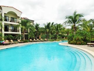 Pacifico Lifestyle - Pristine 3Br 2 Bath Condo, Playas del Coco
