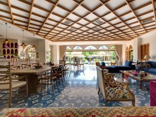 Seminyak Holiday Villa 27215
