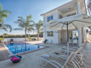 Flouressia Villa 4, 3 Bed villa with private pool, Protaras