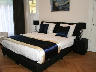 Amsterdam Suites, Van Gogh suite, Museumplein