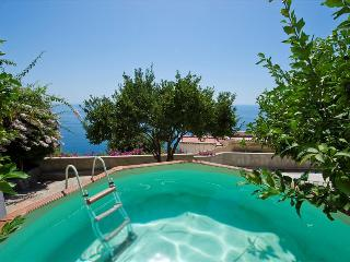 PR112-Stylish Villa in the heart of Praiano