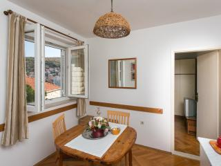 Apartments Mateo-One Bedroom Apartment with Terrace and Side Sea View, Dubrovnik