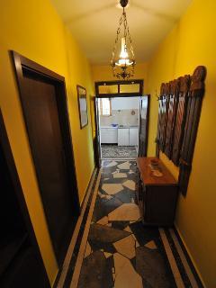 A2(2+1): hallway