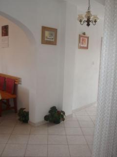 A1 potkrovlje(4+1): hallway