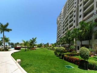 Portofino 1BR Cozy Condo 4th floor, Puerto Vallarta
