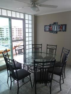 Dinning Room/Comedor