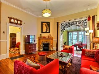 Insanely delightful Moroccan Oasis in the heart of the Savannah Historic District complete with swinging bed on Sun Porch!