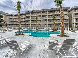 Ocean Dunes Villas 212 - 1 Bedroom 1 Bathroom Oceanfront Flat, Hilton Head